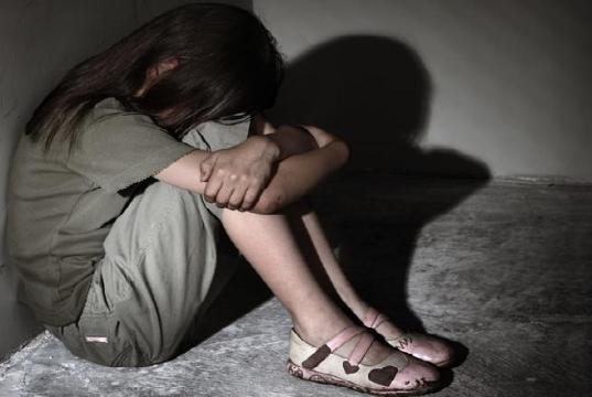 फेसबुक पर दोस्तों करना नाबालिग लड़की को पड़ा भारी, शादी का झांसा देकर किया बलात्कार
