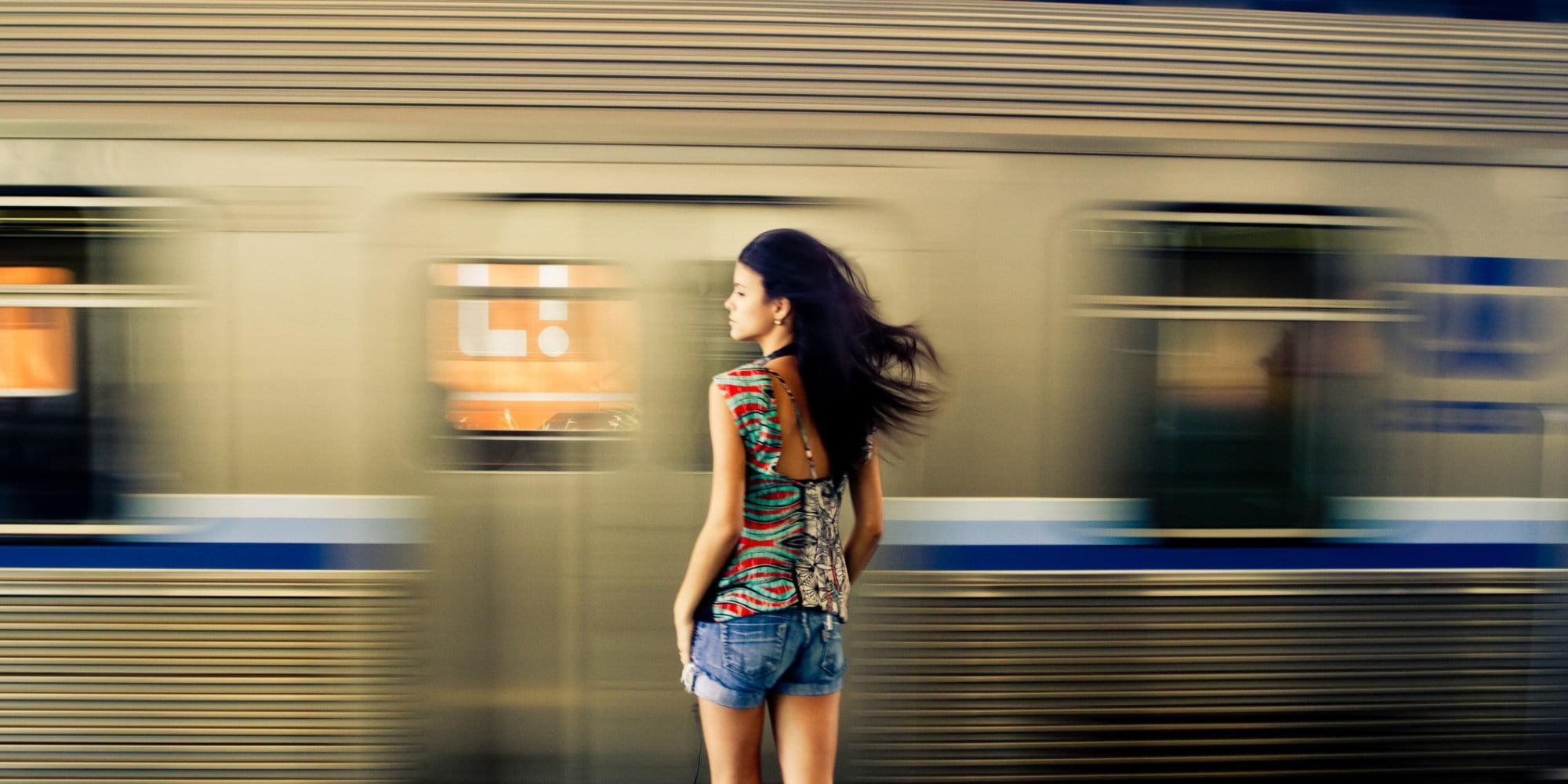 औरत क्यों न अपनाएँ सहज पहनावा?