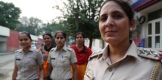 भारतीय महिला पुलिस का ये संघर्ष, आख़िर और कब तक?
