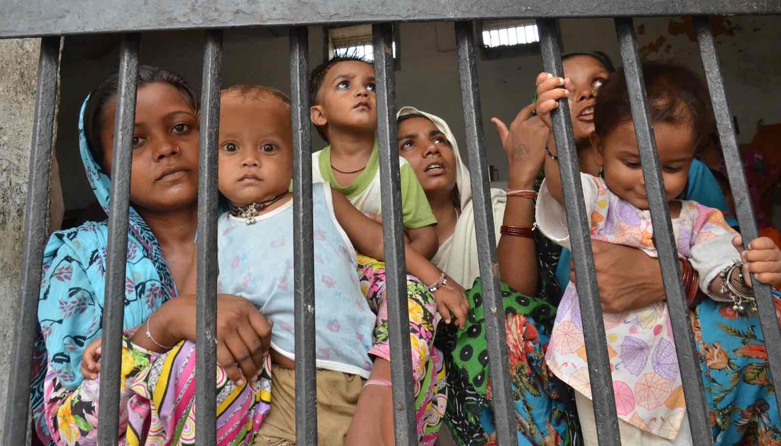 भारतीय जेलों में महिला कैदी की दुर्दशा