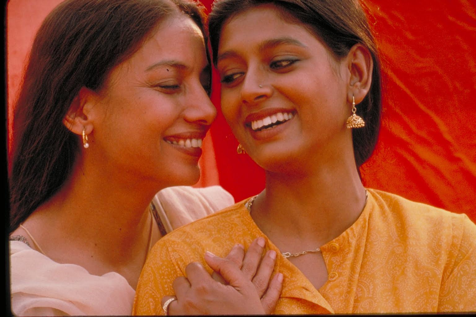 फ़ायर : पितृसत्ता को चुनौती देती और समलैंगिक रिश्तों पर आधारित भारतीय फ़िल्म