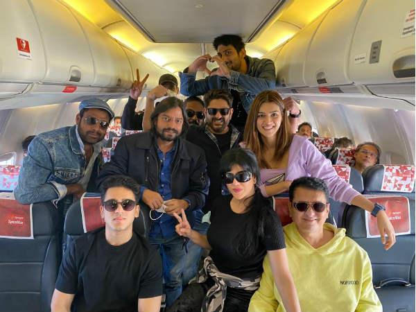 बच्चन पांडे की टीम