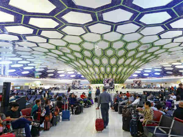 दुबई एयरपोर्ट पर अब आसानी से कर सकेंगे शॉपिंग, मान्य होगी भारतीय करेंसी | Indian Currency Will Be Now Valid At Dubai Airport - Hindi Goodreturns