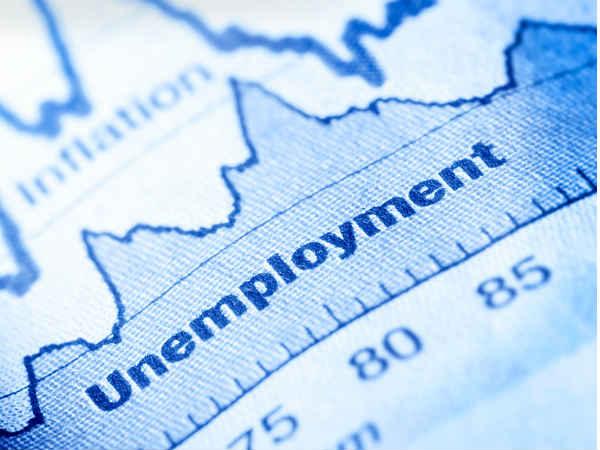 बेरोजगारी में भारी गिरावट