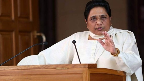 mayawati targets up govt over law and order situation in uttar pradesh