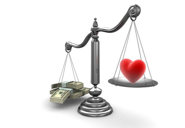 पैसा vs प्यार