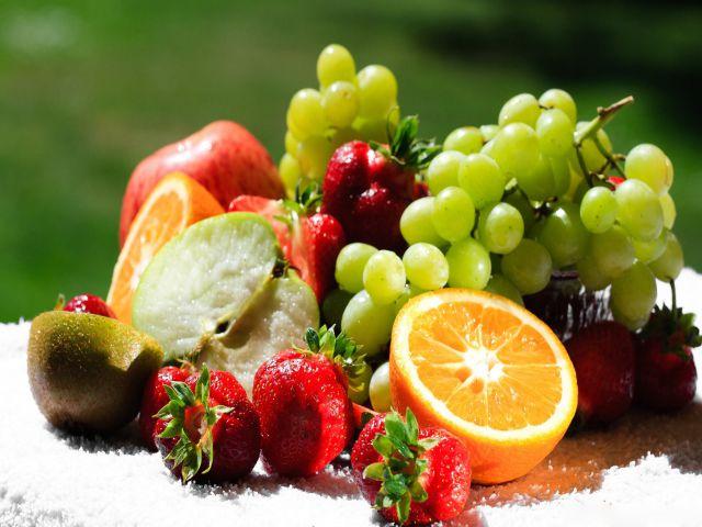 सर्दियों और फल