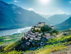 essence-of-kashmir-and-ladakh