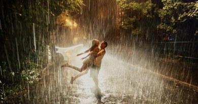monsoon-couple