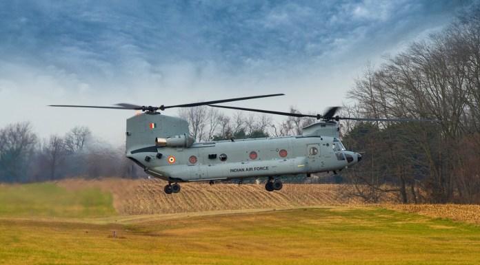 चिनूक CH-47F हेलिकॉप्टर