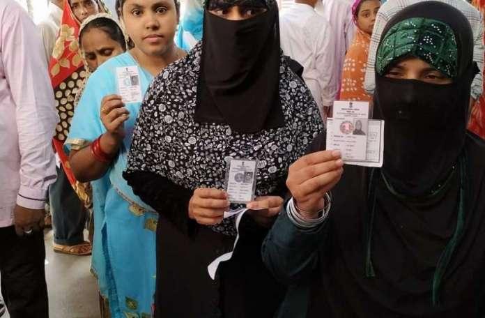 बंगाल में वोटिंग