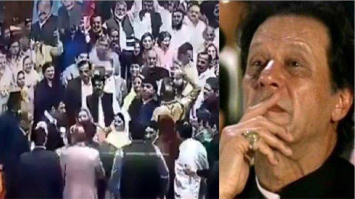 पाकिस्तानी, संसद, प्रधानमंत्री इमरान खान