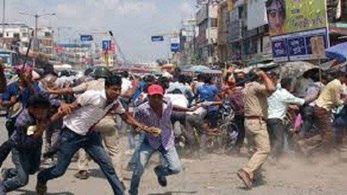 पश्चिम बंगाल में भाजपा सांसद पर गुंडों का जानलेवा हमला (सांकेतिक चित्र)