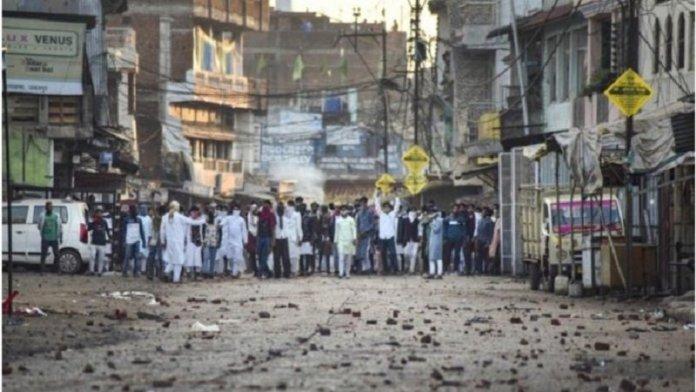 जबलपुर, बच्चों ने किया हमला