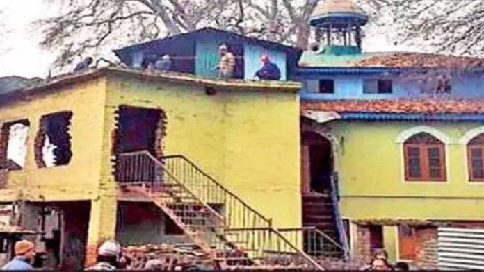 मस्जिद हटाने को तैयार मुस्लिम समुदाय