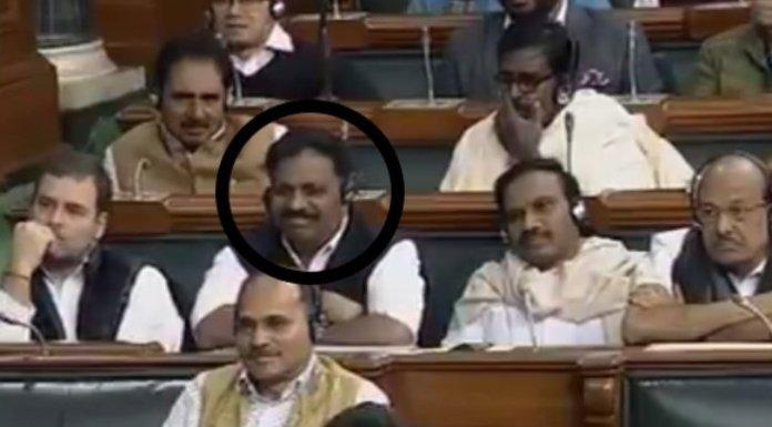 राहुल गाँधी, नरेंद्र मोदी