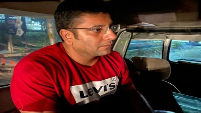 उत्तर प्रदेश, कॉन्ग्रेस नेता गिरफ्तार