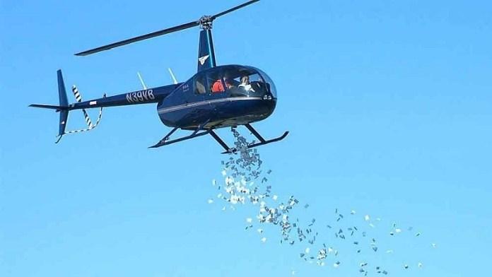 हेलीकॉप्टर मनी, फेक न्यूज