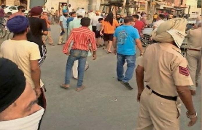 पंजाब पुलिस पर हमला