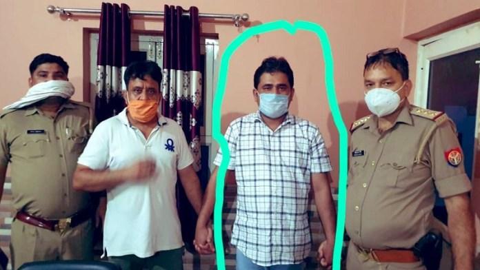 पुलिस हिरासत में शाहजेब रिजवी