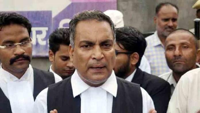 वकील एपी सिंह, हाथरस पीड़िता