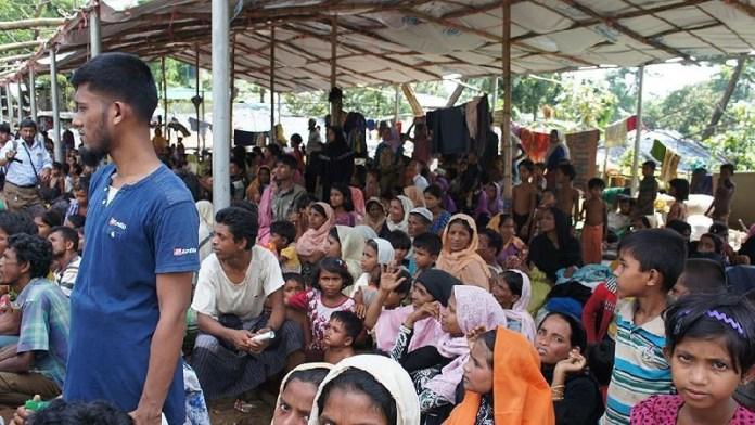 बांग्लादेश, रोहिंग्या मुस्लिमों, द्वीप