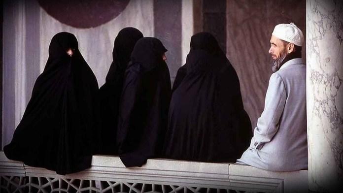 मुस्लिम महिलाएँ निकाह, हाईकोर्ट
