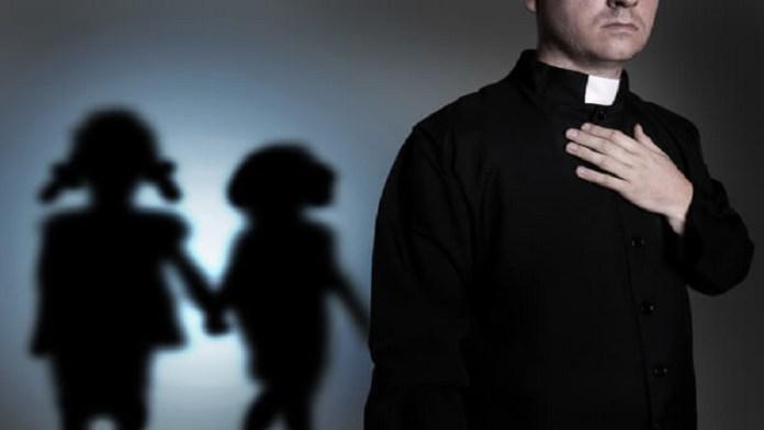 चर्चों में बाल शोषण