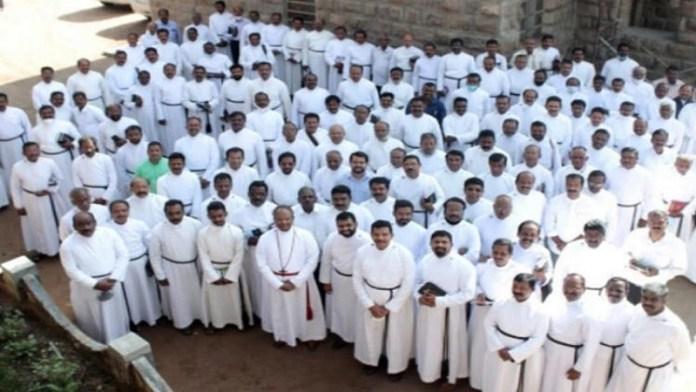 केरल पादरी कोरोना संक्रमण