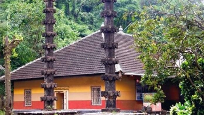 हरिहरेश्वर मंदिर रायगढ़ महाराष्ट्र