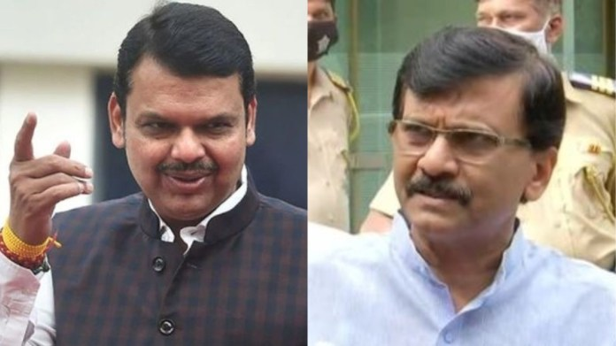 महाराष्ट्र के पूर्व मुख्यमंत्री देवेंद्र फडणवीस और शिवसेना नेता संजय राउत