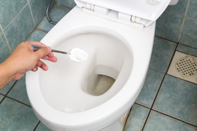 20Cleaning Hacks That Can Save You aTon ofMoney and Time