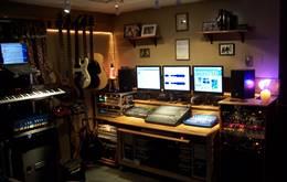 Photo of Home Recording Studio बनाने के लिए 9 जरुरी चीजे