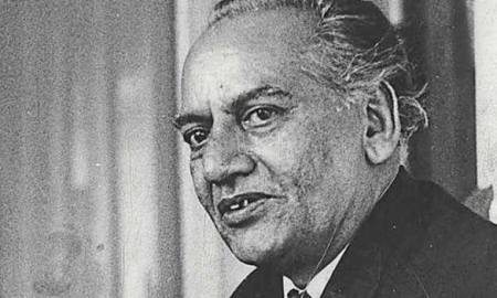 Faiz Ahmed Faiz Shayari in Hindi