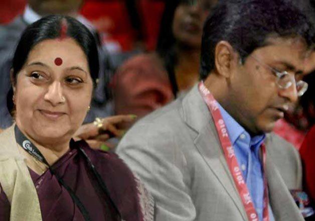 कौन हैं सुषमा स्वराज की इकलौती बेटी, क्यों आई विवादों में?