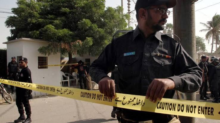 पाकिस्तान स्टॉक एक्सचेंज पर हुआ बड़ा आतंकी हमला, 5 नागरिको की मौत, जारी है मुठभेड़