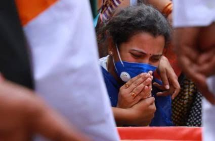 शहीद कर्नल संतोष बाबू की पत्नी बनी डिप्टी कलेक्टर, जल्द मुख्यमंत्री सौंपेंगे 5 करोड़ का चेक