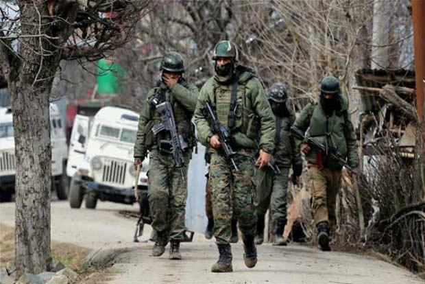 अनंतनाग मुठभेड़ में दो और आतंकीय हुए ढेर जारी है सेना का सर्च अभियान