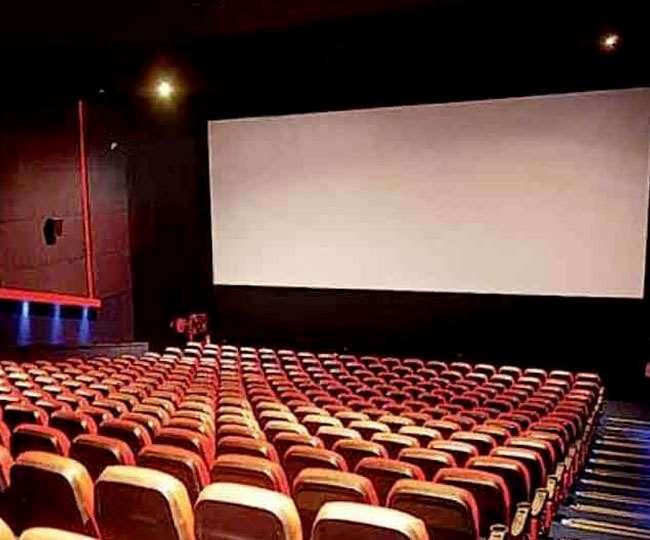 अनलॉक 3 में सिनेमाघर और जिम खोलने पर विचार, मेट्रो के संचालन पर सरकार ने लिया ये फैसला