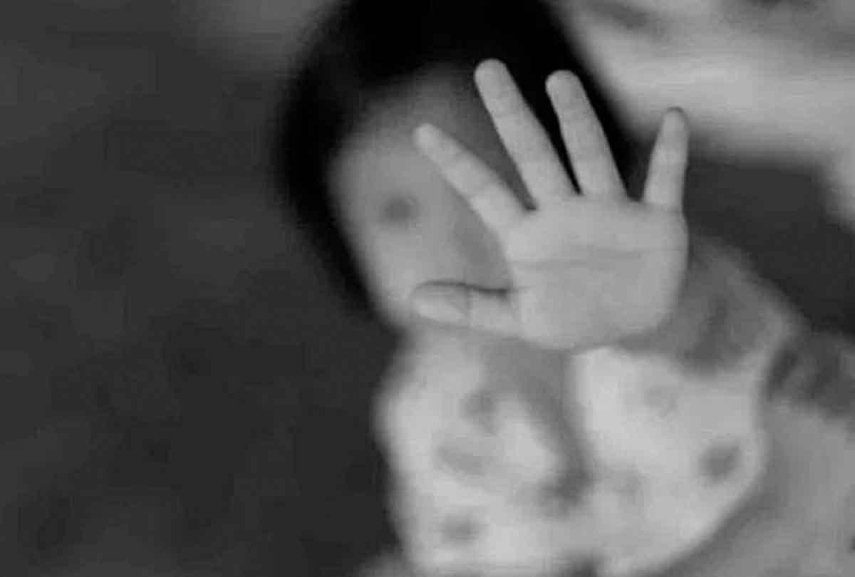 शर्मसार हुए रिश्ते, ताऊ ने किया 3 साल की भतीजी से दुष्कर्म, पुलिस ने किया हाफ एनकाउंटर
