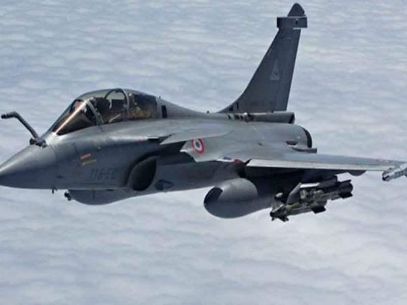 अभिनंदन के सामने नहीं टिक पाया था पाकिस्तान का F-16, अब राफेल से घबराए चीन और पाक