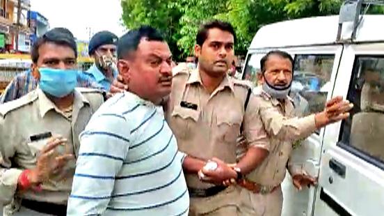 पुलिस ने बोला था विकास दुबे एनकाउंटर मामले में झूठ, उज्जैन से कानपुर तक हुई थी पूछताछ, खोले कई राज