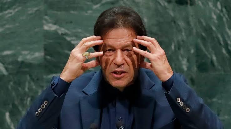 पाकिस्तानी प्रधानमंत्री इमरान खान ने भारत पर लगाया घिनौना आरोप, कराची हमले का बताया जिम्मेदार
