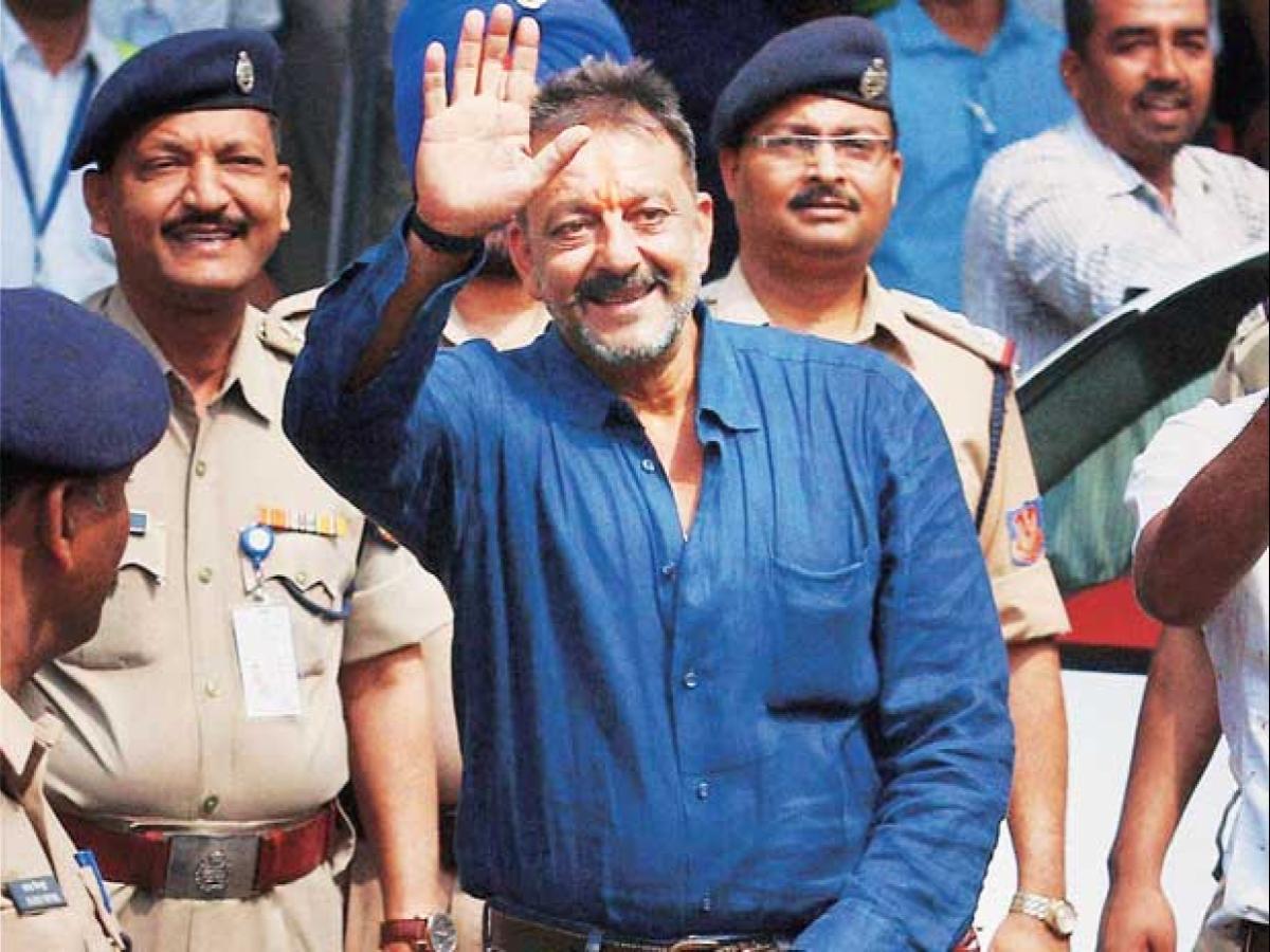 बढ़ेंगी संजय दत्त की मुश्किलें? जेल से छूटने को लेकर Hc पहुंचा राजीव गांधी हत्याकांड का अपराधी