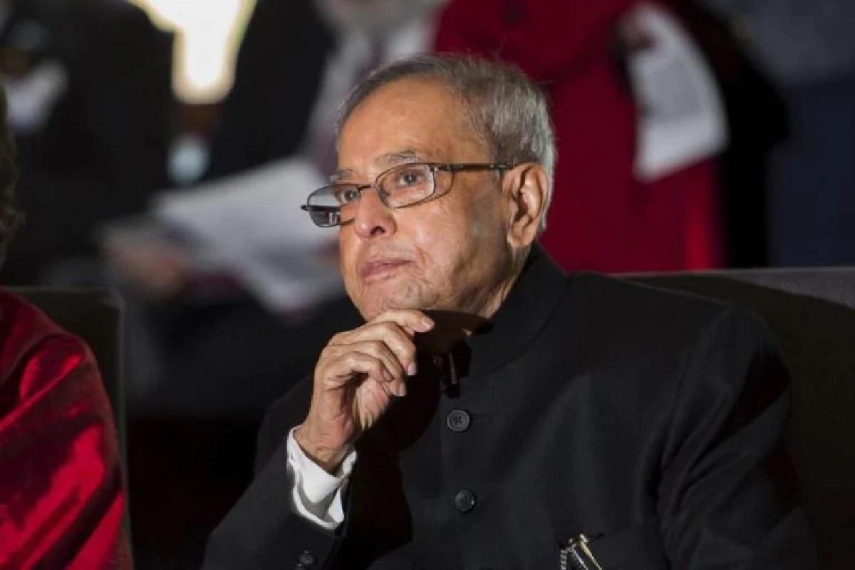 पूर्व राष्ट्रपति प्रणब मुखर्जी कोरोना पॉजिटिव निकले, ट्वीट कर दीं जानकारी