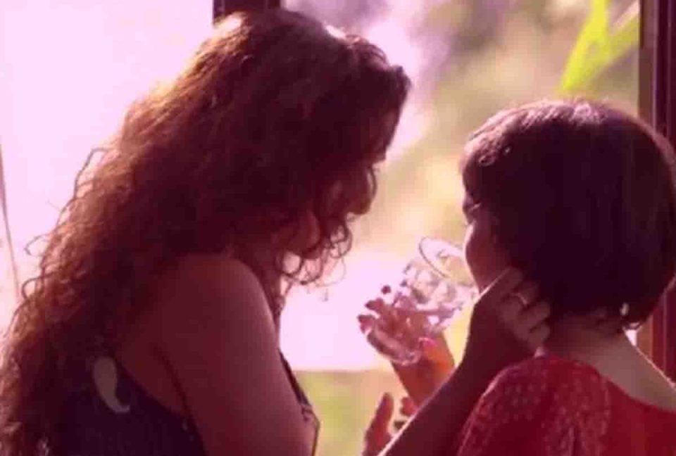 समलैंगिक निकली सौतेली मां, बेटियों को उत्तेजना की दवा देकर बनाती थी संबंध