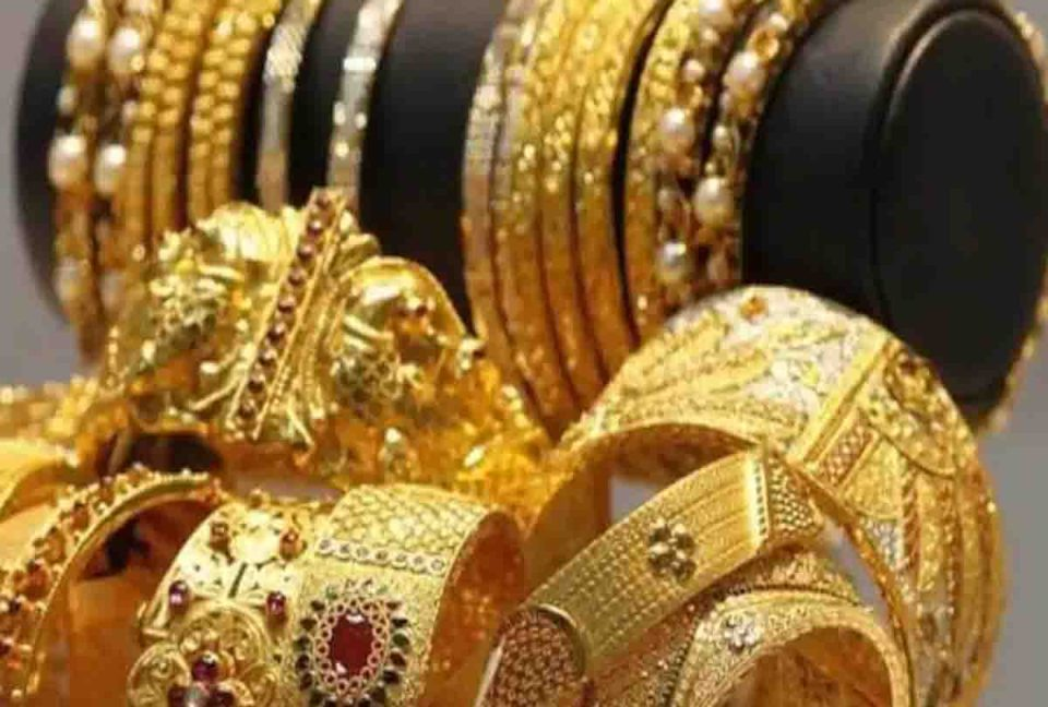 Gold Price : 5500 रुपये सस्ता हुआ सोना, सस्ता गोल्ड खरीदने का यही है सही मौका