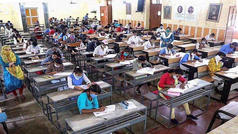 दिल्ली सरकार ने स्कूल खुलने की डेट को बढ़ाया आगे, इन राज्यों में 21 सितंबर से खुलेंगे स्कूल