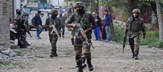 J&Amp;K: श्रीनगर में सुरक्षाबलों और आतंकियों के बीच मुठभेड़, दो आतंकी ढेर, 2 जवान घायल