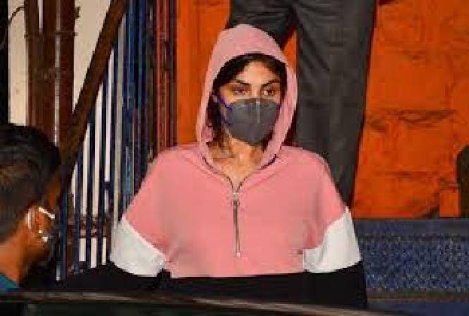 रिया के वकील सतीश मानसिंदे ने कहा नहीं करूंगा रिया के बेल में जल्दबाजी, जाने वजह